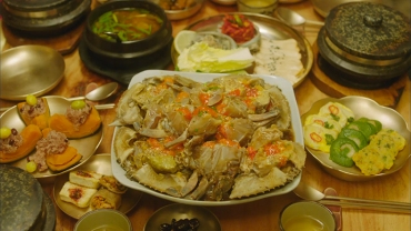lets_eat_12_crabs